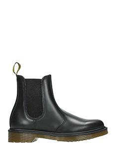 Dr. Martens-Chelsea boot  black leather combat boots