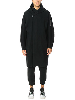 Attachment-Trench in lana nera