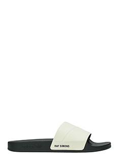 Adidas By Raf Simons-Sandali Slide Adilette Bunny in gomma bianca e nera