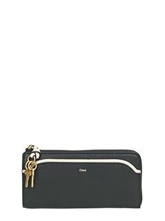 Chlo�-black leather wallet
