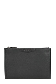Givenchy-Pochette Antigona Media in pelle nera