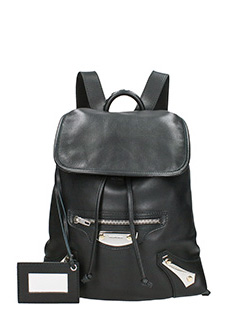 Balenciaga-traveller met black leather backpack