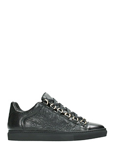 Balenciaga-Sneakers Arena Low in pelle nera