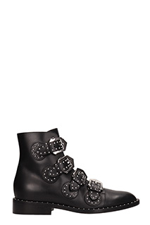 Givenchy-Elegant fl black leather ankle boots