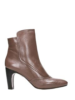 Chie Mihara-Feishung brown leather ankle boots