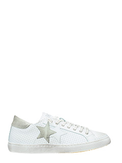 Two Star-Sneakers Low Star  in pelle traforata bianca