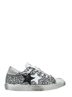 Two Star-Sneakers Low Star  in glitter bianco nero