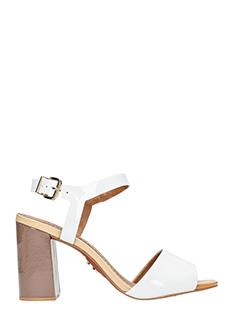Carrano-Sandali in vernice bianca