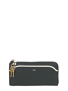 Chlo�-black leather wallet