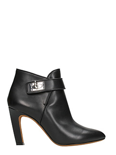 Givenchy-Tronchetti Shark 90 in pelle nera