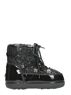Chiara Ferragni-Tronchetti Flirting Snow Boots in vercice nera