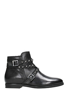 Dei Colli-black studs leather boots